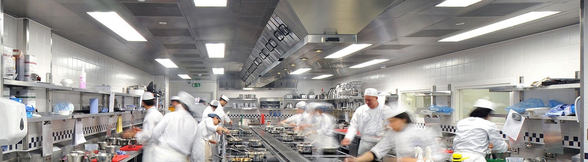 Allestimento ed attrezzature per la cucina professionale - Cucine professionali per ristoranti ...